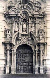 PuertaprincipaldelaBasílicadeSanFranciscodeLima