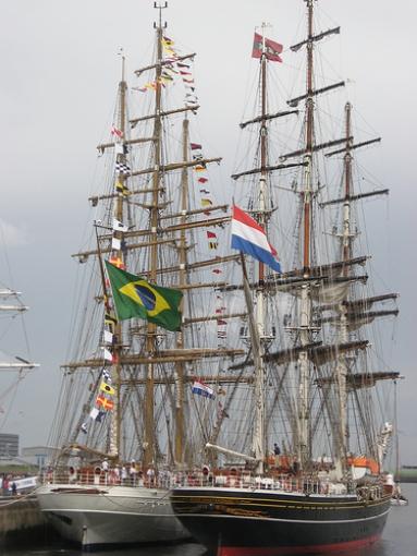 Cisne Branco y Amisterdam