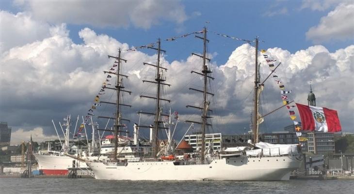 Unión, de la Marina peruana en Hamburgo